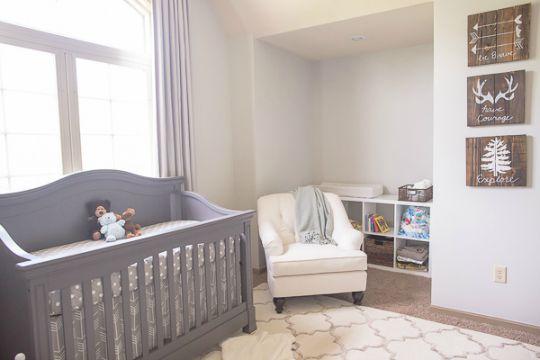 arte sobre palets para la habitacin del beb