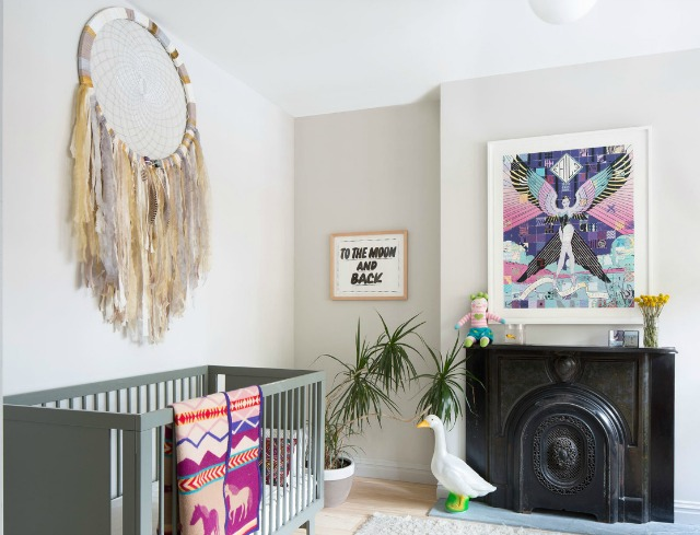 Inspiraci n atrapasue os decoraci n beb s for Frases para cuartos de ninas