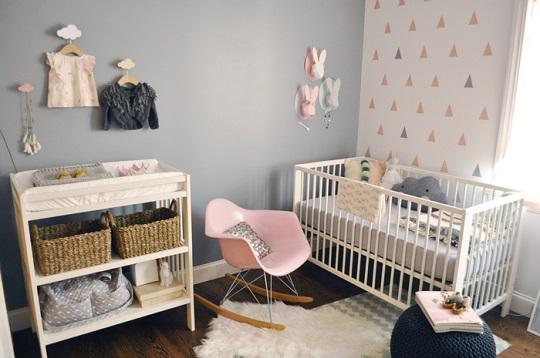 Gris con toques de rosa una combinaci n ideal - Habitacion bebe moderna ...