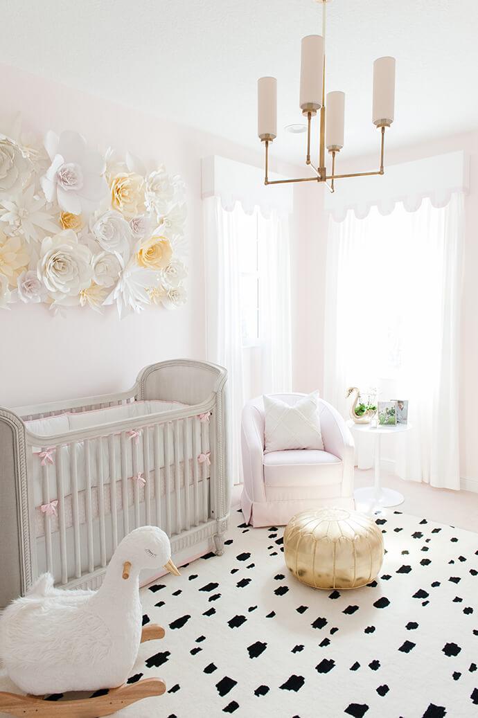 Flores y cisnes para un dormitorio encantador decoraci n - Ideas habitaciones bebe ...