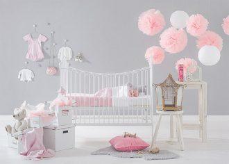 decorar con pompones - Habitacion Bebe Nia