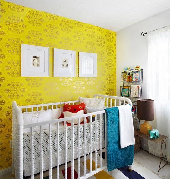 dormitorios de bebé de color amarillo