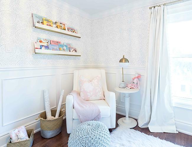 Dormitorio dulce y elegante decoraci n beb s - Papel pintado habitacion bebe ...