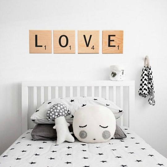 Letras de dise o scrabble para decorar decoraci n beb s - Decorar paredes con letras ...