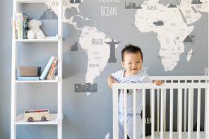 Un mapa en la habitación del bebé
