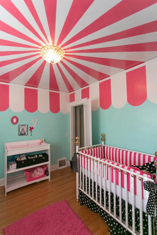 Techo decorado en la habitaci n del beb decoraci n beb s - Lamparas para habitaciones infantiles ...